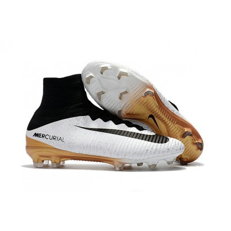 fast delivery special for shoe lowest discount Nouveau Crampons Nike Mercurial Superfly V FG Blanc Or Noir